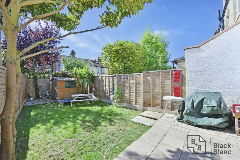 2 bed house for sale in Northway Road 7