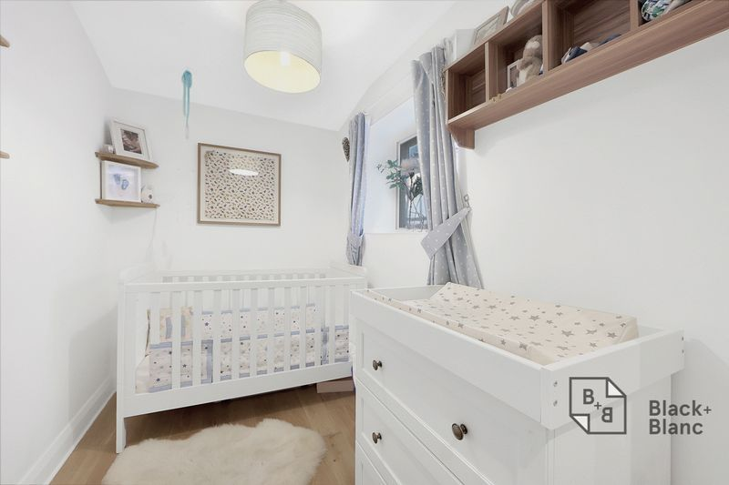2 bed flat to rent in Thurlow Park Road  - Property Image 5