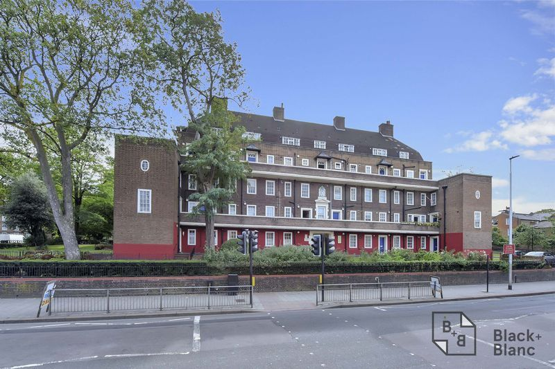 2 bed flat for sale in Albion Avenue  - Property Image 8