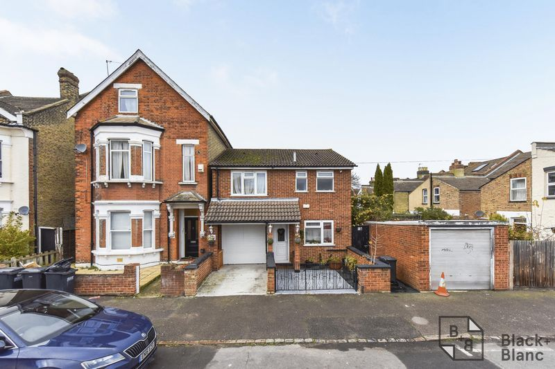 4 bed house to rent in Leicester Road  - Property Image 11