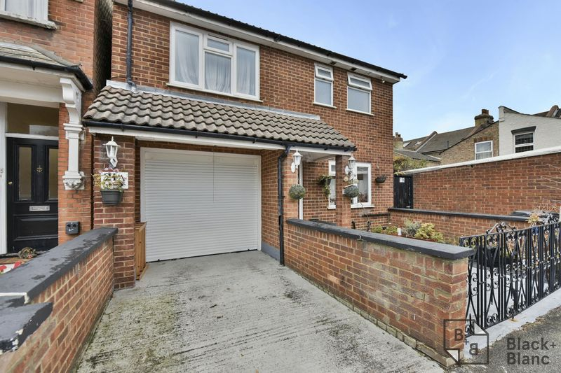 4 bed house to rent in Leicester Road  - Property Image 12