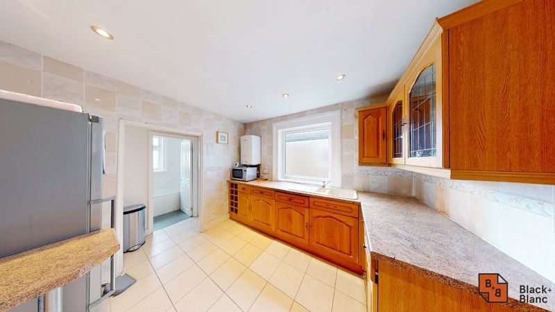 2 bed flat for sale in Alexandra Road 3