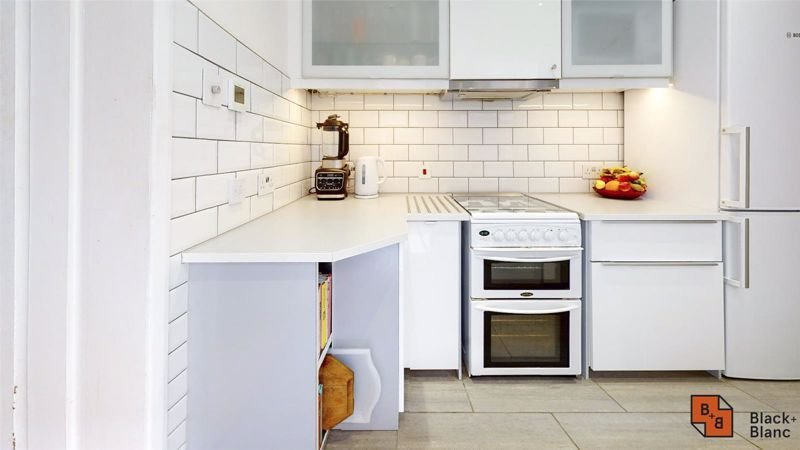 3 bed house for sale in Alpha Road 5