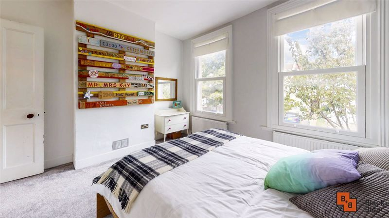 3 bed house for sale in Alpha Road 8