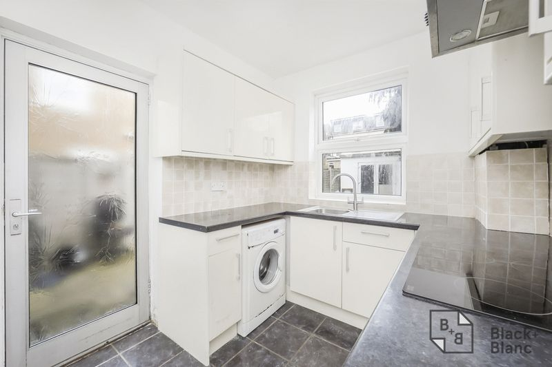 3 bed house for sale in Davidson Road 3