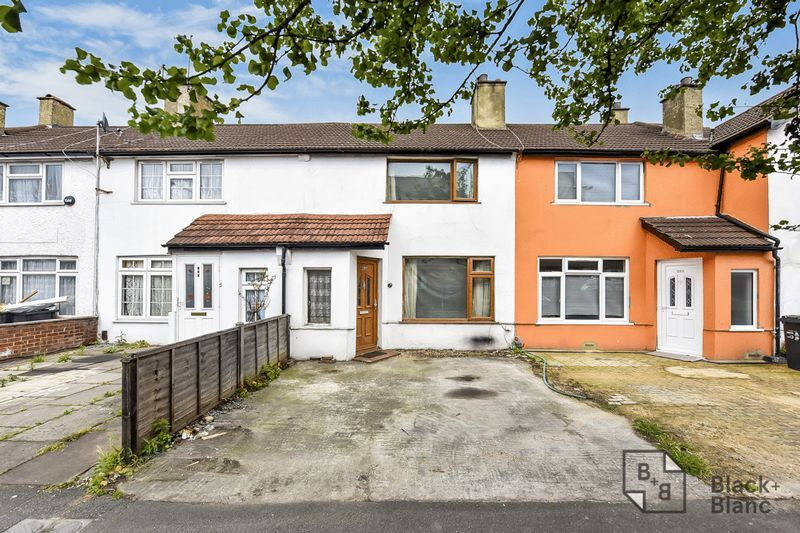 2 bed house for sale in Thornton Road 1