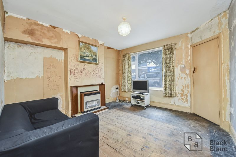 2 bed house for sale in Thornton Road  - Property Image 2
