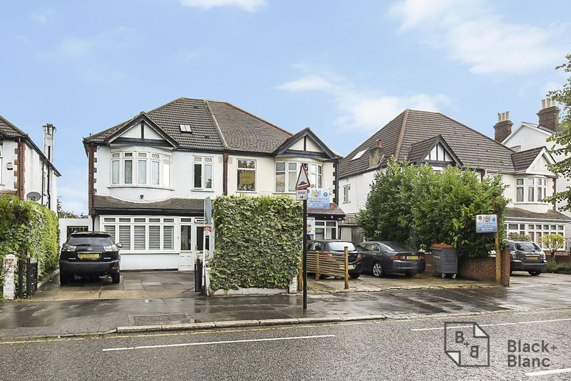 4 bed house for sale in Morland Road  - Property Image 1