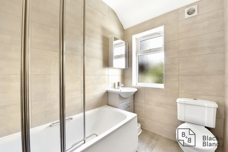 3 bed house for sale in Addiscombe Court Road  - Property Image 7