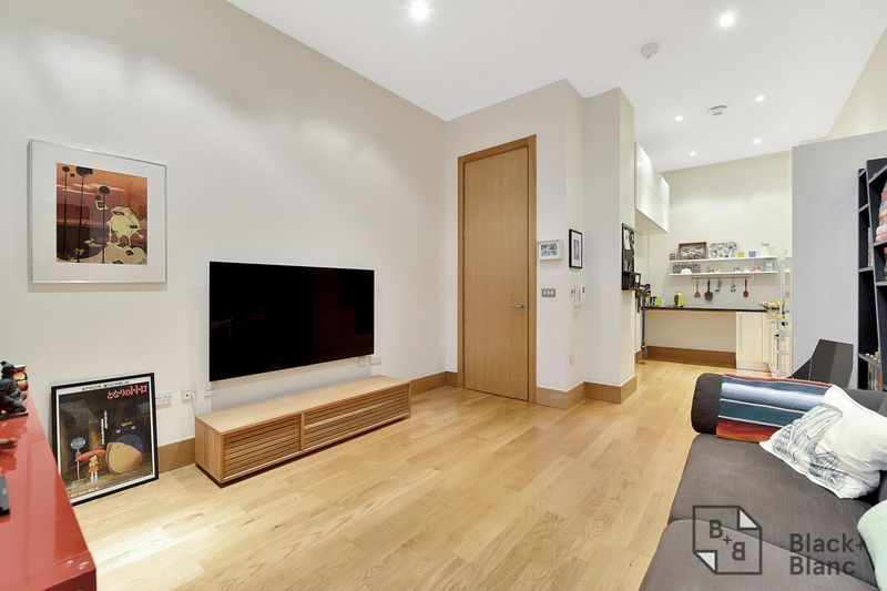 1 bed flat for sale in 6 Scarbrook Road 3