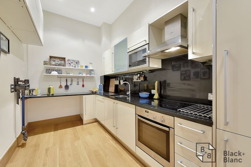 1 bed flat for sale in 6 Scarbrook Road 4