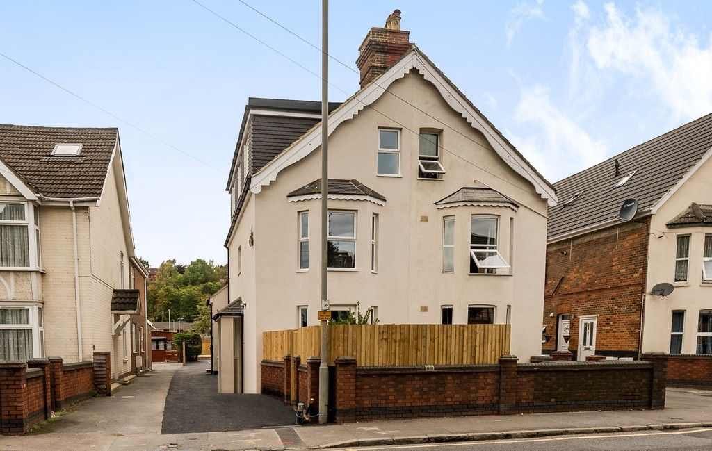 1 bed flat for sale in Hughenden Road, High Wycombe  - Property Image 6