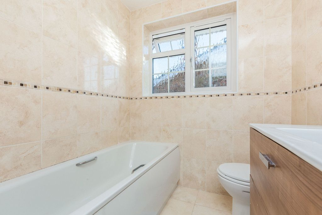 4 bed house for sale in Hillcroft Road, Penn  - Property Image 12