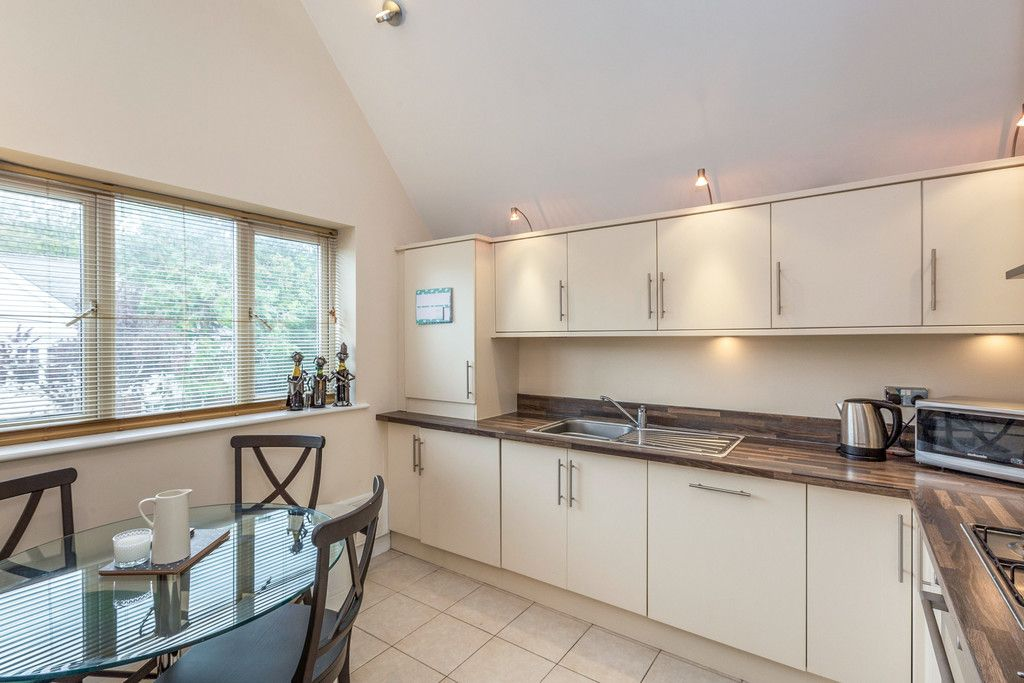 1 bed flat for sale in Eden Gardens, 179 West Wycombe Road 3