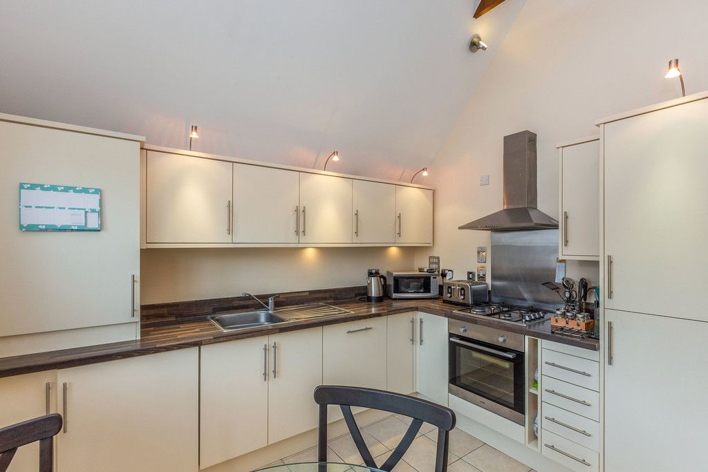 1 bed flat for sale in Eden Gardens, 179 West Wycombe Road 7