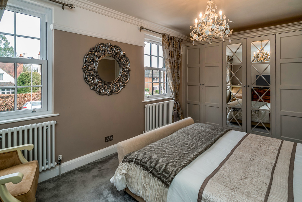 5 bed house for sale in Woodside Avenue, Beaconsfield 11