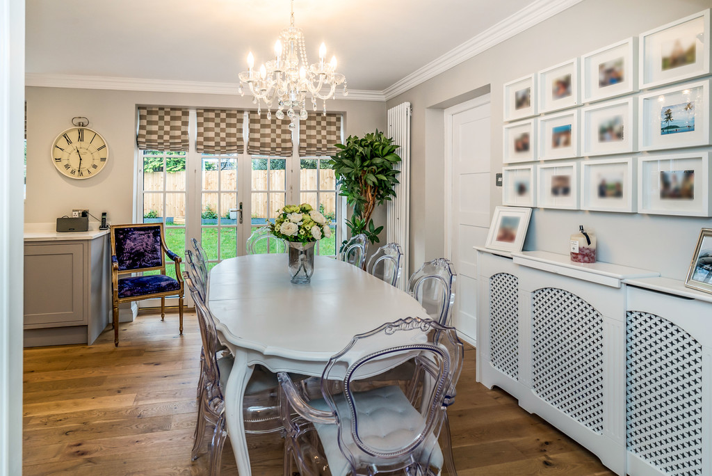 5 bed house for sale in Woodside Avenue, Beaconsfield 4