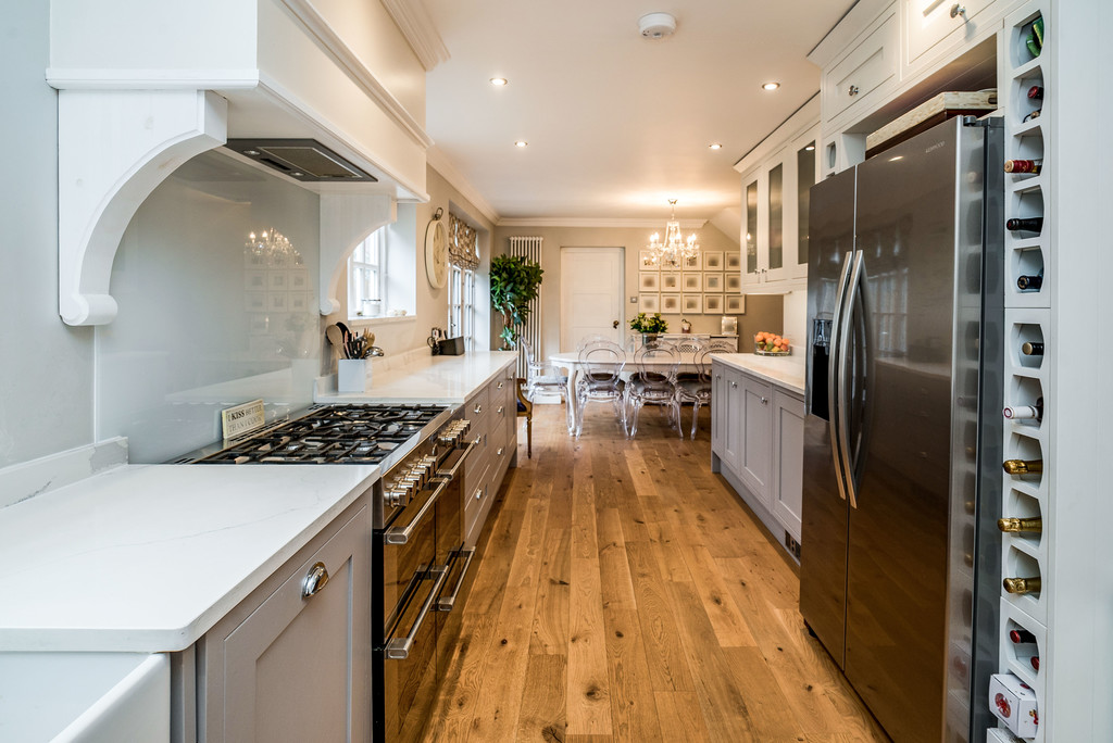 5 bed house for sale in Woodside Avenue, Beaconsfield 6