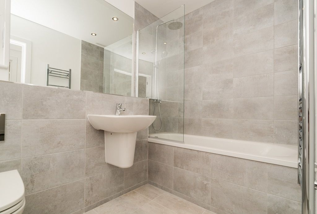 2 bed flat for sale in West Wycombe Road, High Wycombe  - Property Image 7