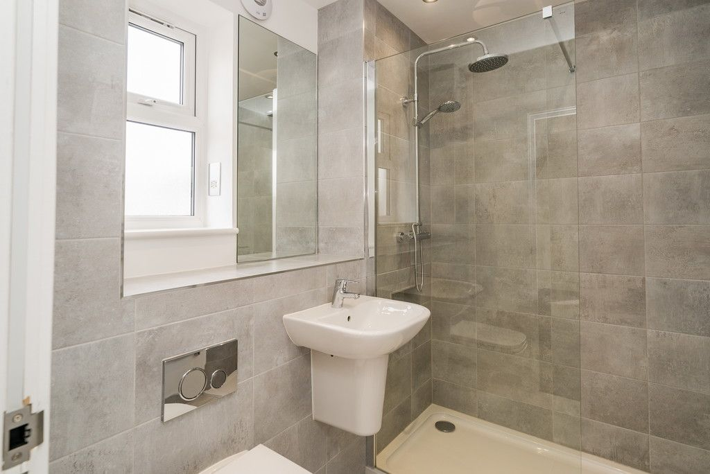 2 bed flat for sale in West Wycombe Road, High Wycombe  - Property Image 8