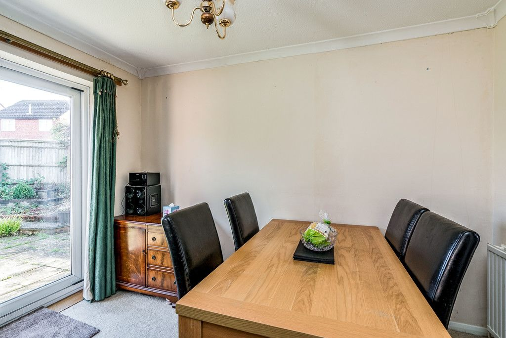 2 bed house for sale in Meredith Drive, Aylesbury  - Property Image 2