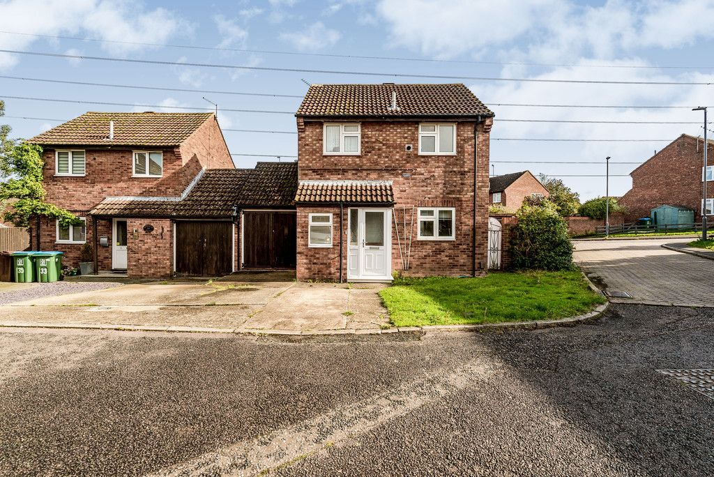 2 bed house for sale in Meredith Drive, Aylesbury 11