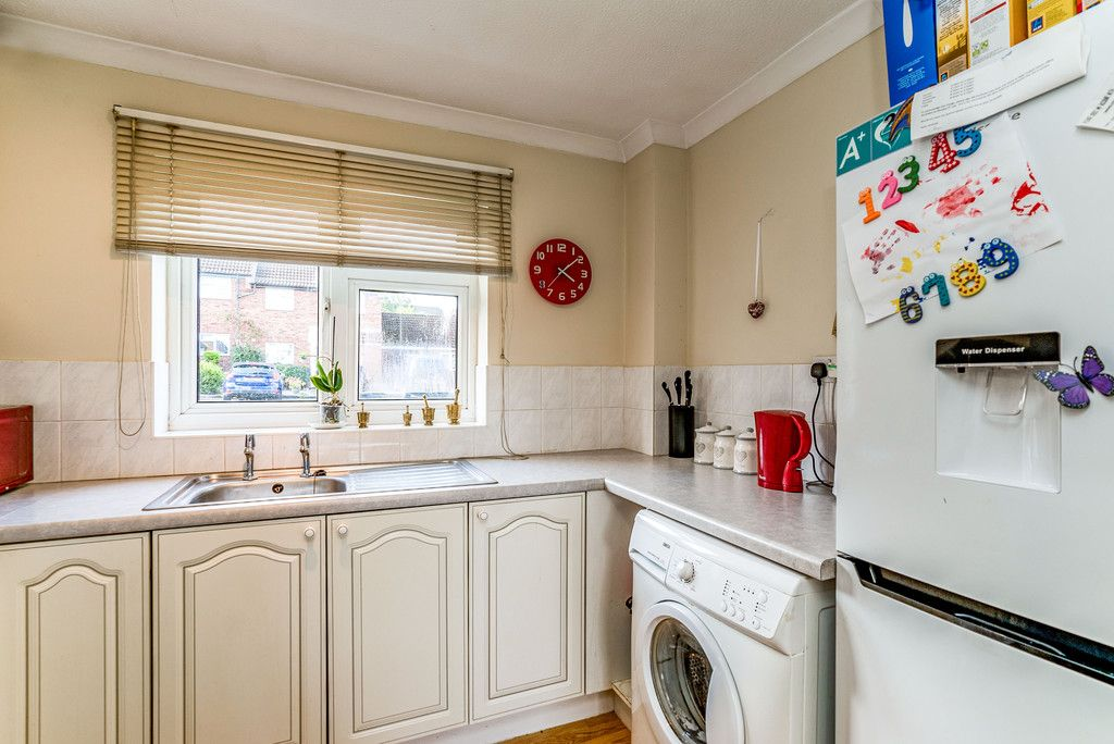 2 bed house for sale in Meredith Drive, Aylesbury 14