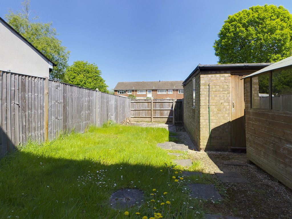 3 bed house for sale in Wrights Lane, Prestwood, Great Missenden 2