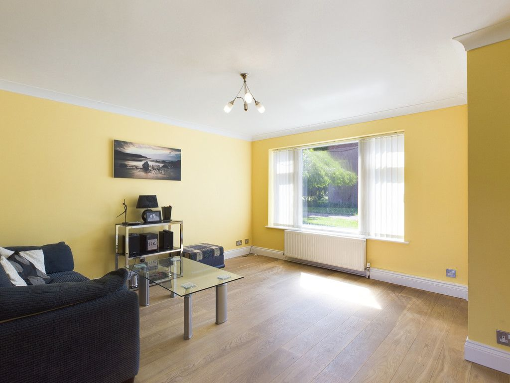 3 bed house for sale in Wrights Lane, Prestwood, Great Missenden  - Property Image 5