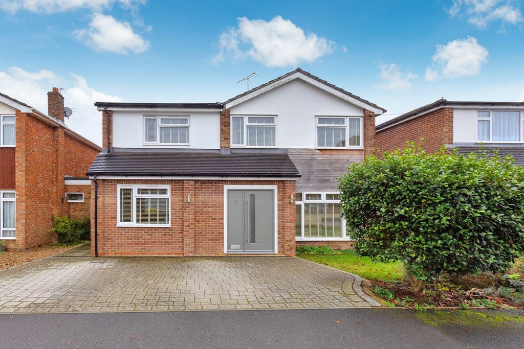 5 bed house for sale in Holmer Green 1