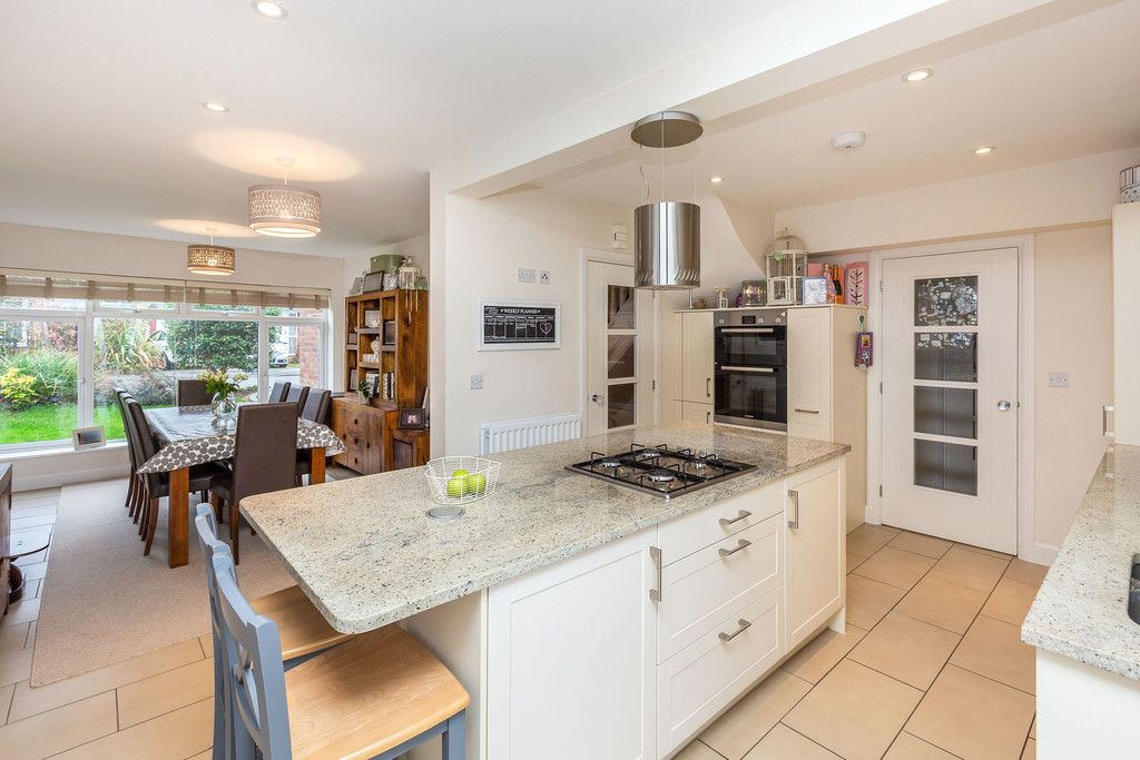 5 bed house for sale in Holmer Green 12