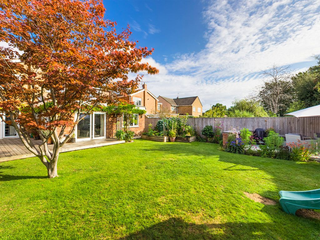 5 bed house for sale in Holmer Green 14