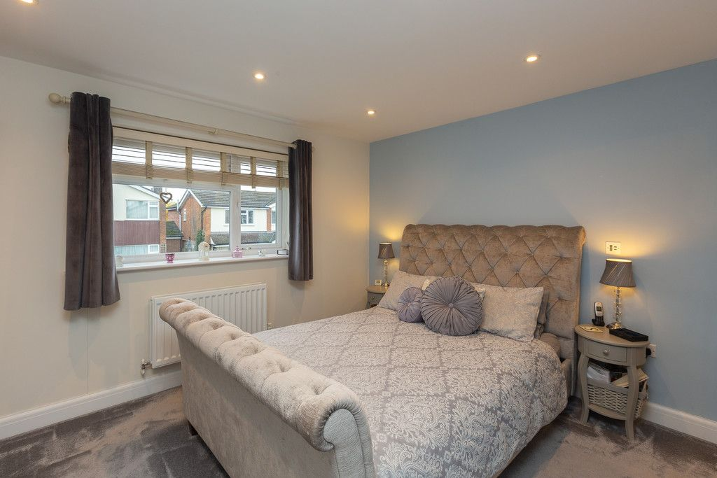 5 bed house for sale in Holmer Green  - Property Image 16