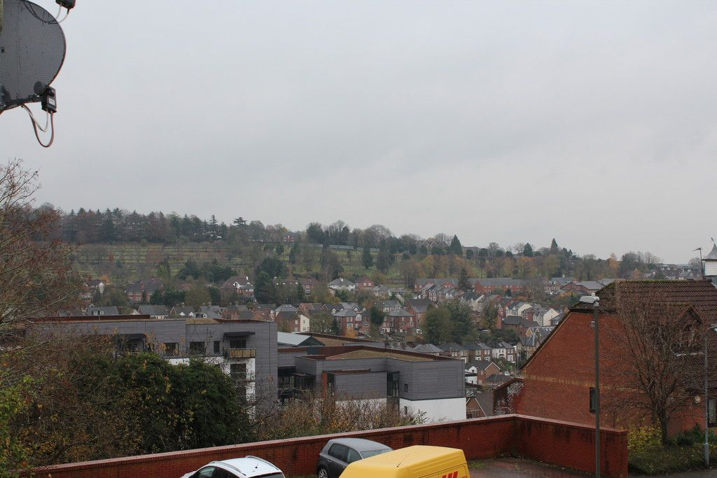1 bed flat for sale in Gandon Vale, High Wycombe  - Property Image 4