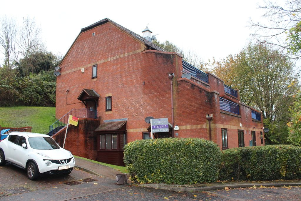 1 bed flat for sale in Gandon Vale, High Wycombe  - Property Image 5