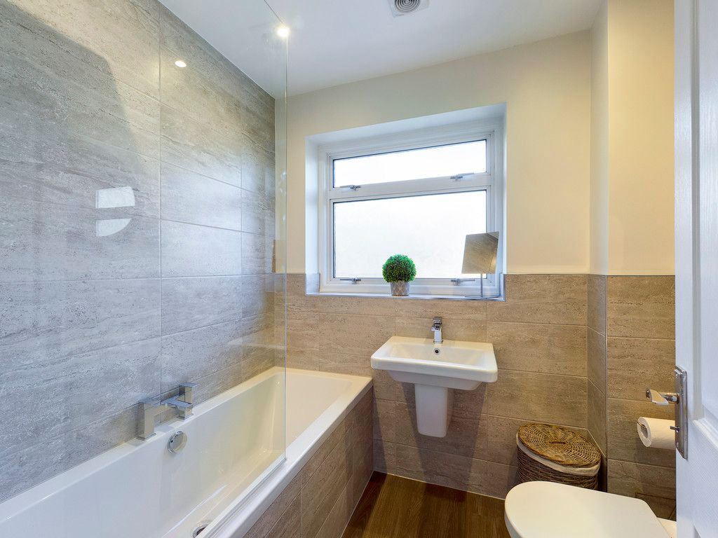 3 bed house for sale in Wrights Lane, Prestwood 11