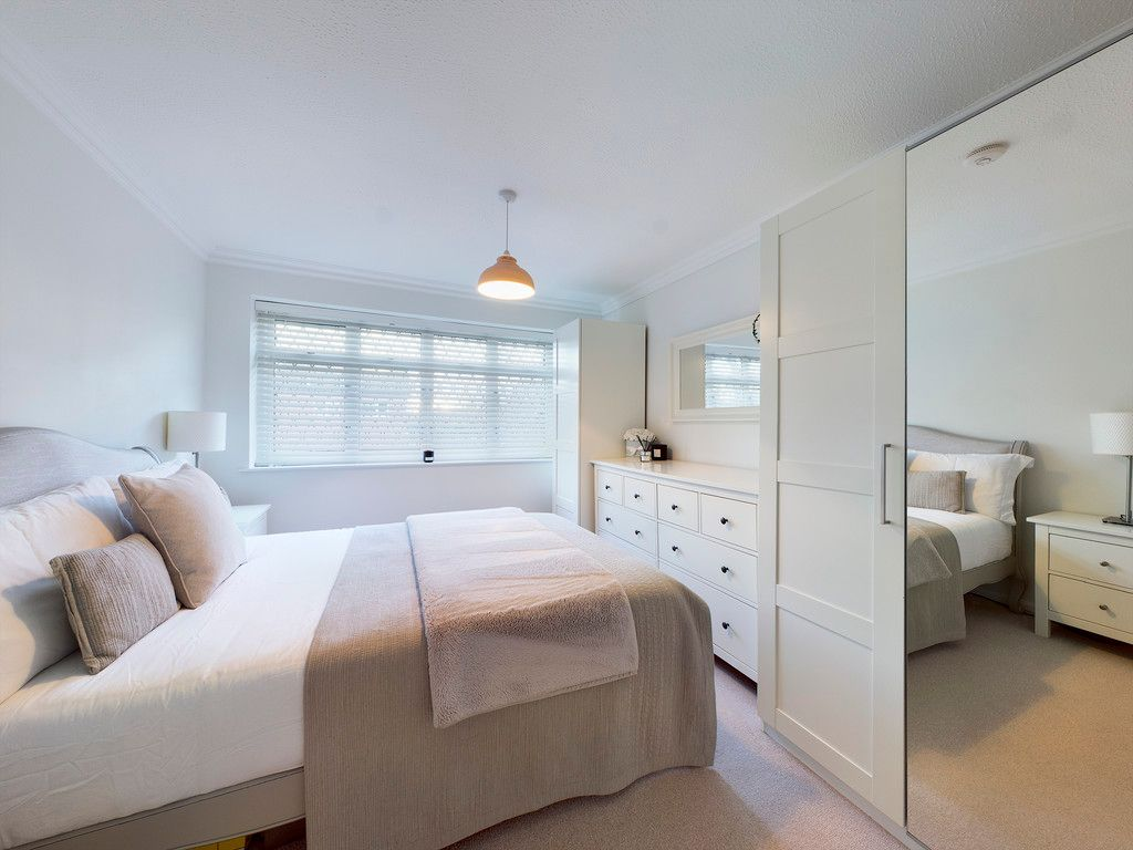 3 bed house for sale in Wrights Lane, Prestwood 13