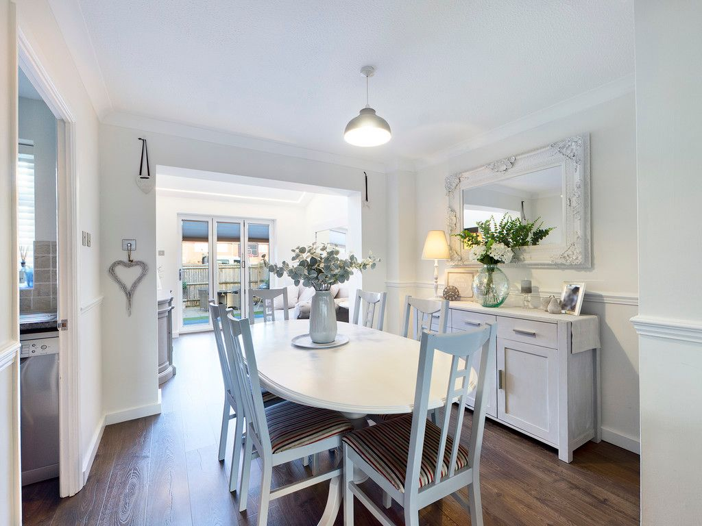 3 bed house for sale in Wrights Lane, Prestwood 7