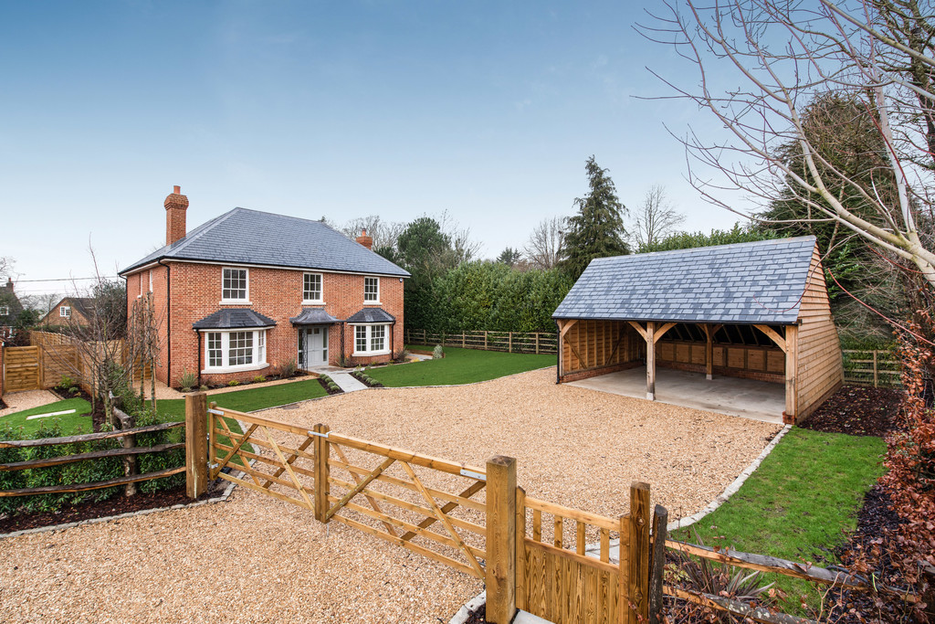 5 bed house for sale 1