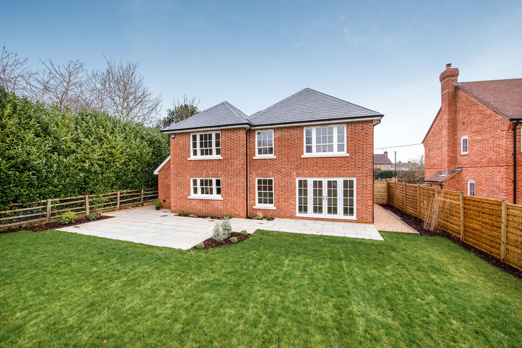 5 bed house for sale 2