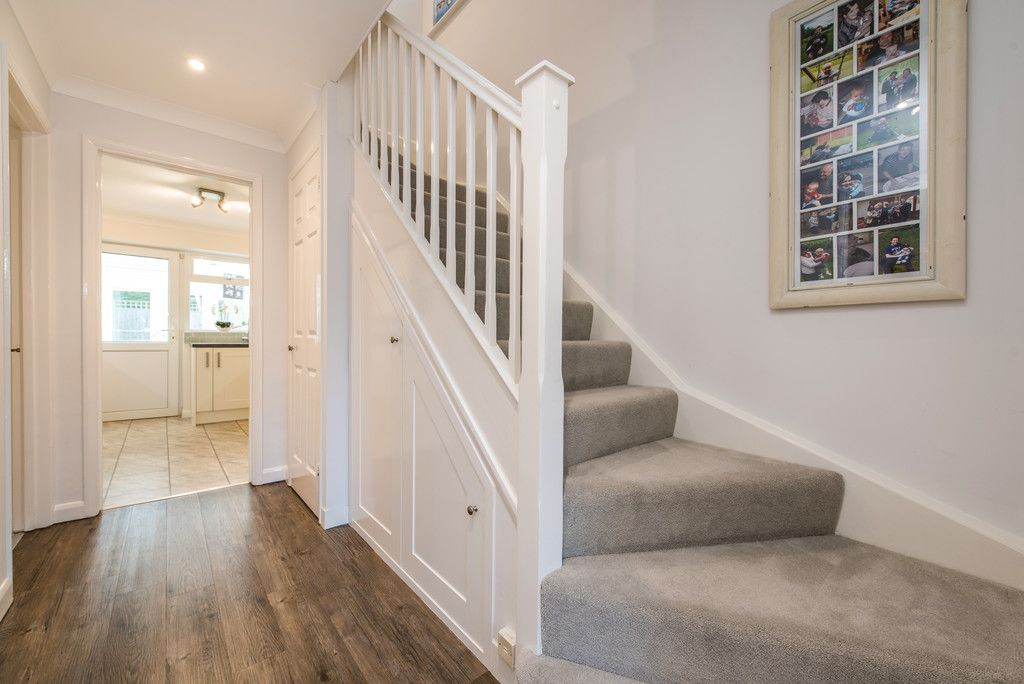 4 bed house for sale in Briarswood, Hazlemere, High Wycombe  - Property Image 11