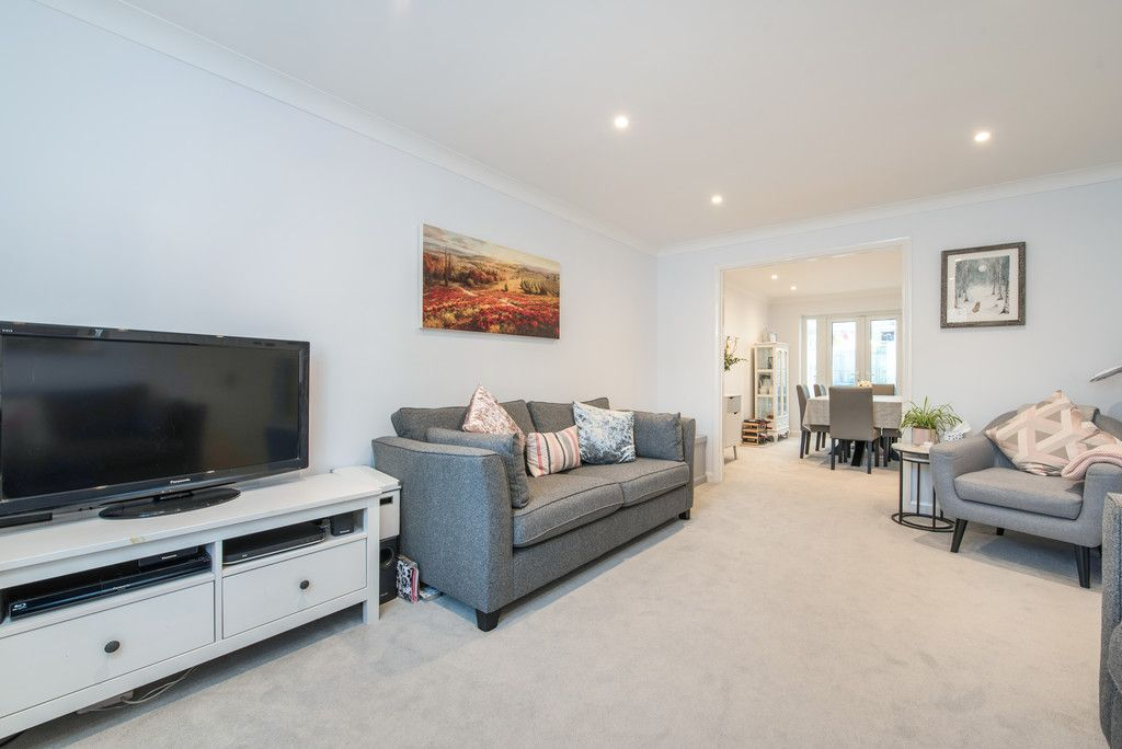 4 bed house for sale in Briarswood, Hazlemere, High Wycombe  - Property Image 12