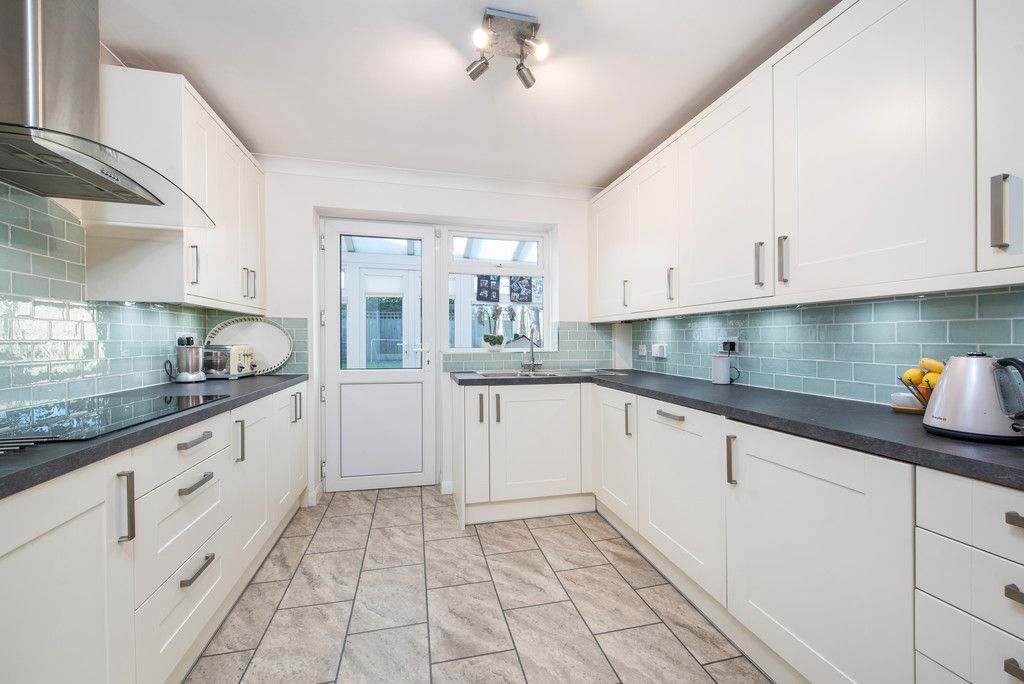 4 bed house for sale in Briarswood, Hazlemere, High Wycombe 8