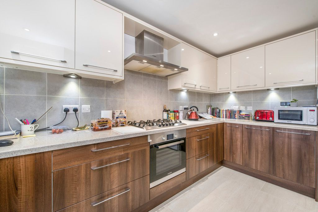 4 bed house for sale in Kingsmead Road, High Wycombe  - Property Image 13