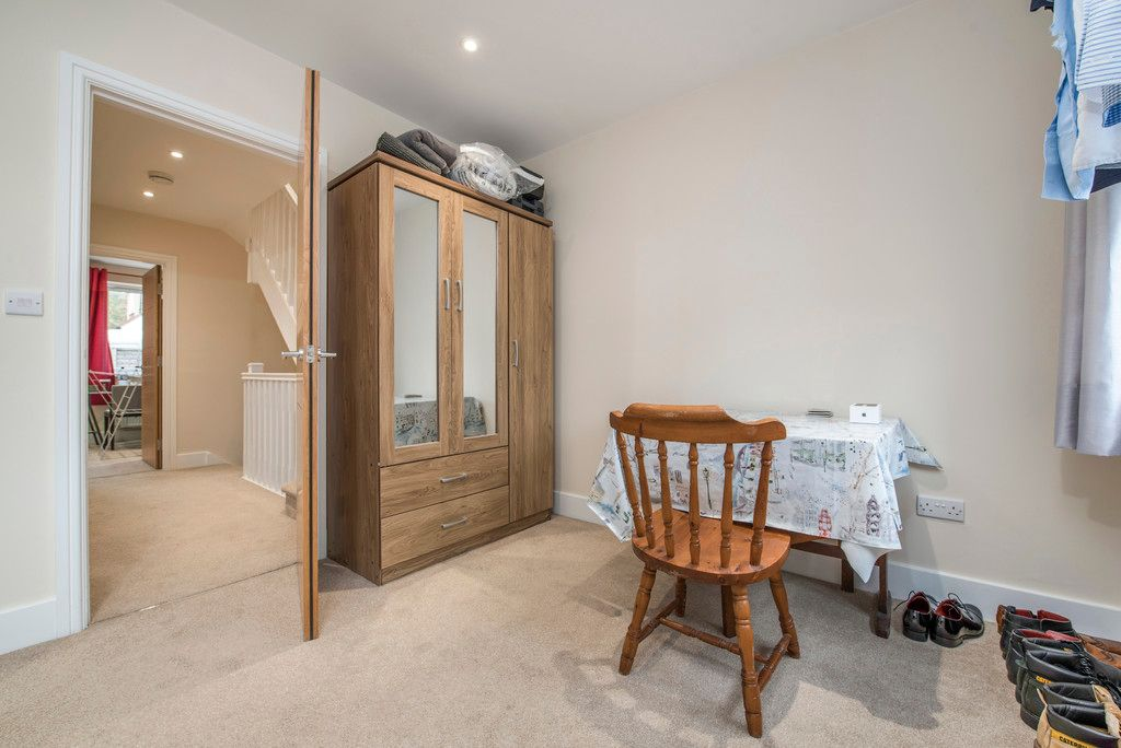 4 bed house for sale in Kingsmead Road, High Wycombe 14