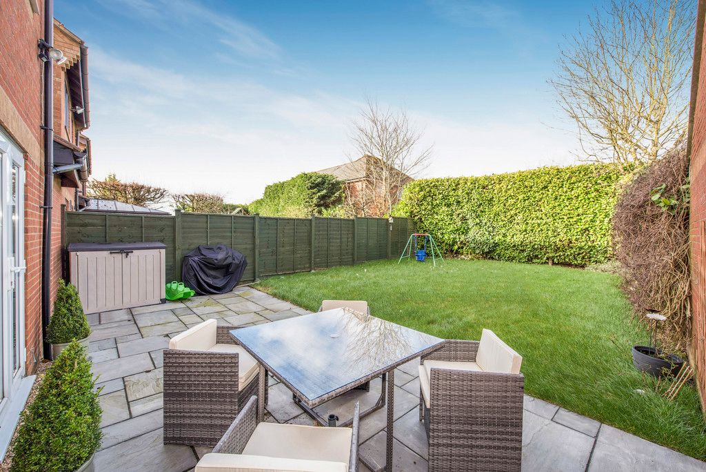 3 bed house for sale in Briarswood, Hazlemere 2