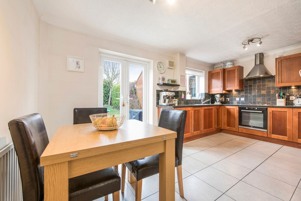 3 bed house for sale in Briarswood, Hazlemere  - Property Image 5