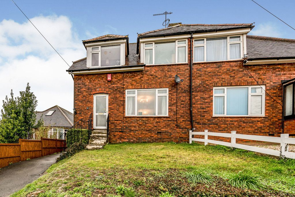 3 bed house for sale in South Drive, High Wycombe, HP13
