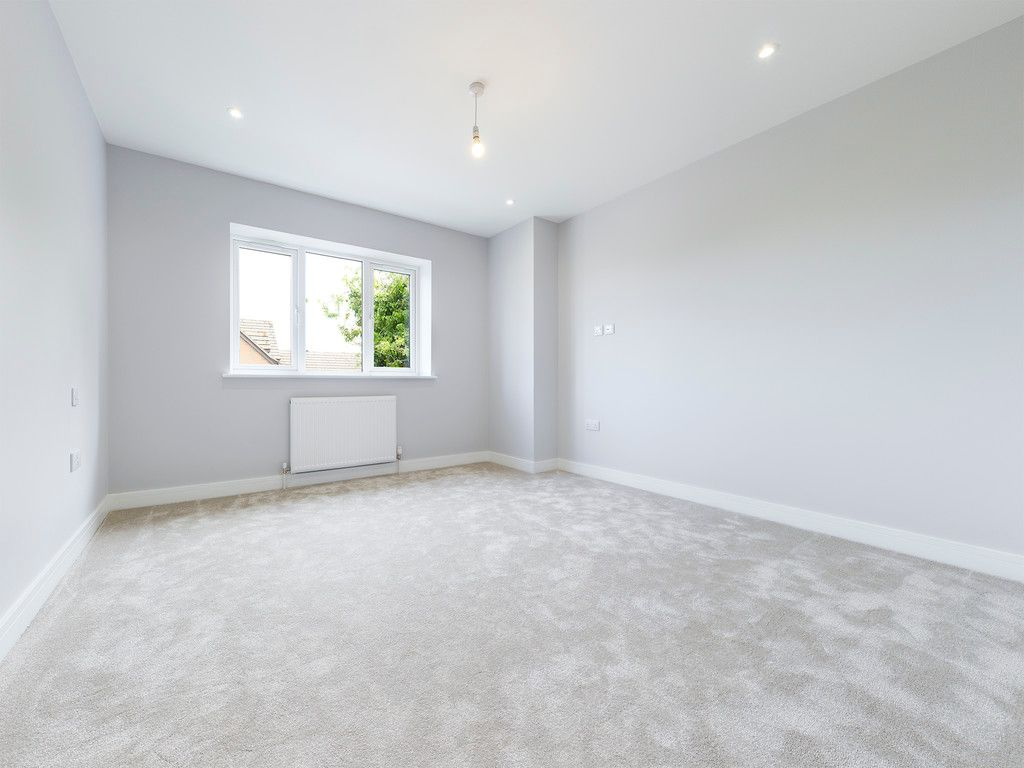 4 bed house for sale in Plot 1 Windrush Place 13