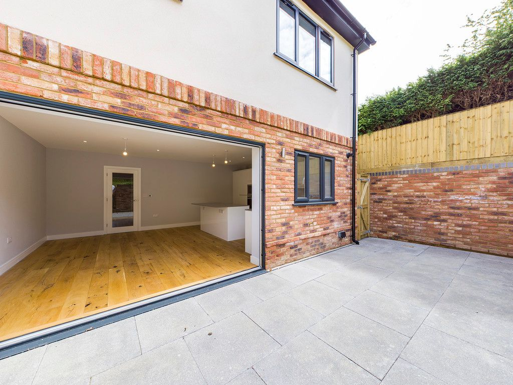 4 bed house for sale in Plot 1 Windrush Place  - Property Image 6